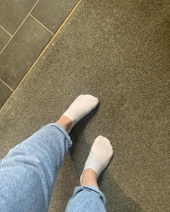 Getragene Unterwäsche und Socken verkaufen